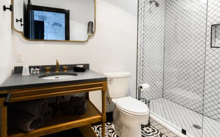 Private bath with walk-in shower